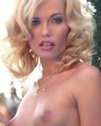 Angelina Adelle